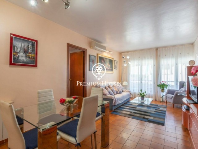 Three bedroom apartment for sale in the center of Sitges