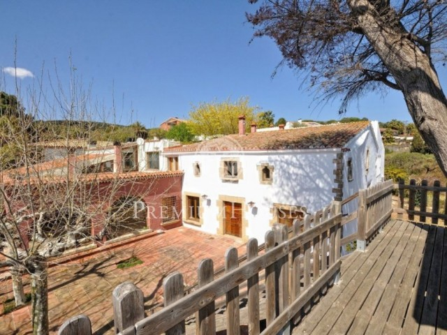 Unique property in Sant Pol with panoramic sea views!